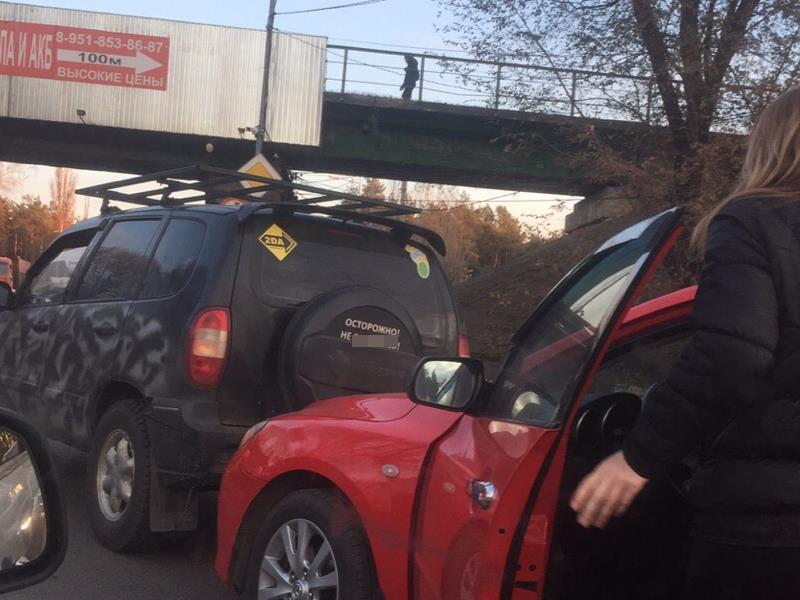 Матерный оберег от ДТП не спас воронежца от женщины-водителя