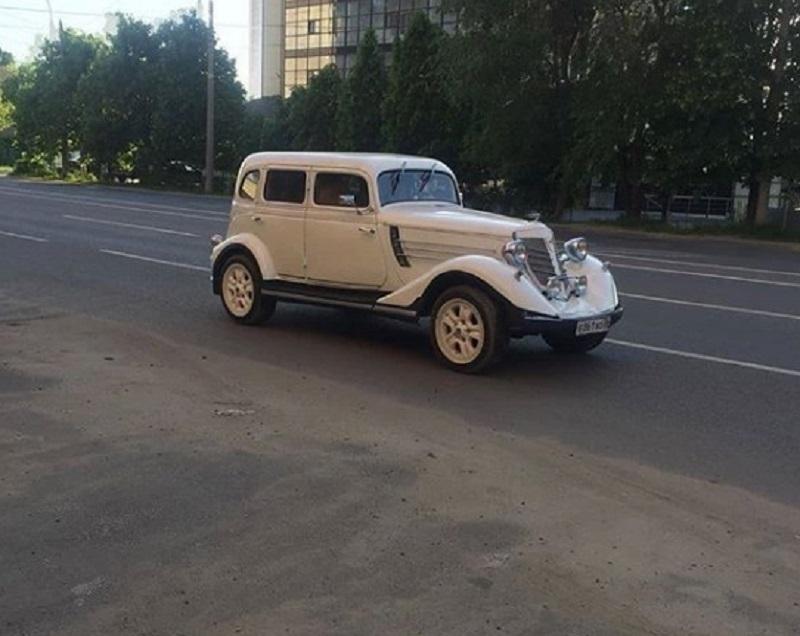 Русский Ford с почти столетней историей сняли на дороге в Воронеже