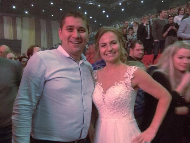 Молодожены отметили свадьбу на симфоническом концерте «Кино» в Воронеже