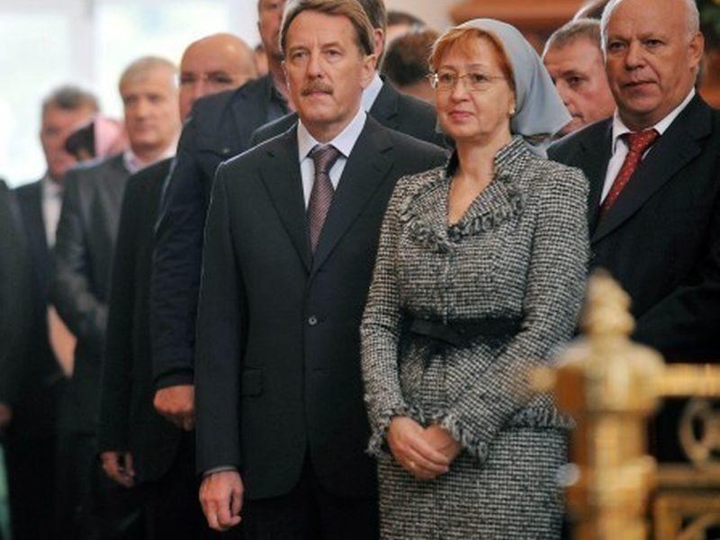 Жена Алексея Гордеева стала почетной гражданкой Воронежской области