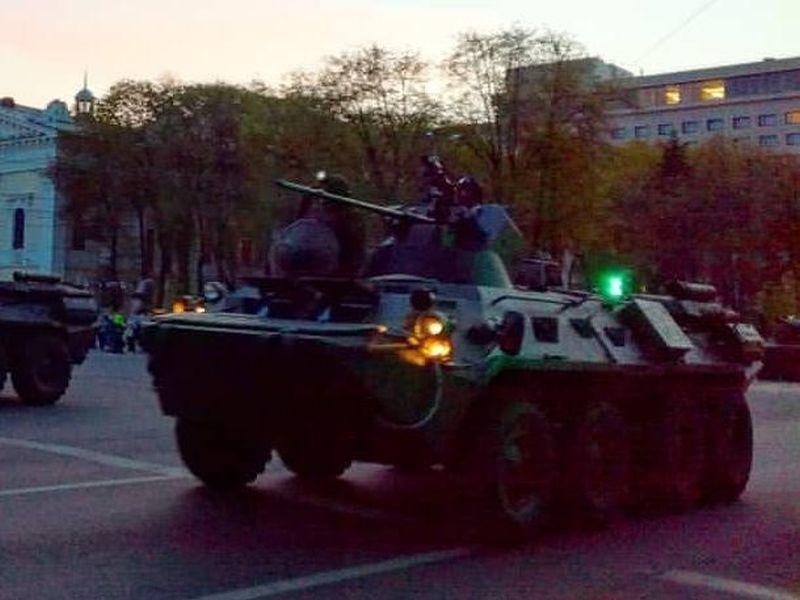 Воронежский губернатор поручил репетировать парад Победы без пробок