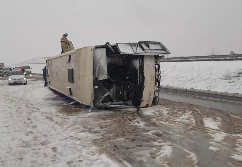 За рулем перевернувшегося на М4 «Дон» автобуса с 26 пассажирами был гражданин Украины
