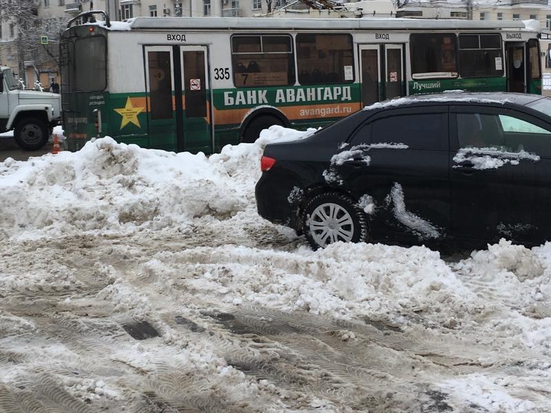 Назойливые воронежцы получат от концессионера парковок подачку