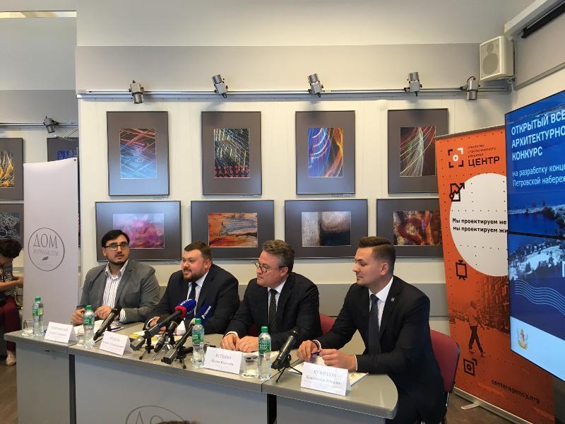 Пафос и неопределенность: как чиновники представили переделку Петровской набережной