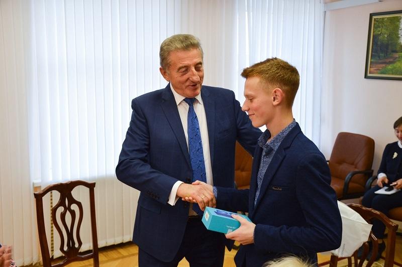 Сергей Лукин: Молодое поколение – достойная  опора нашего государства