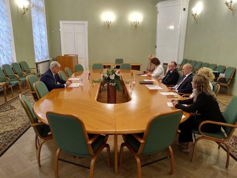 Гостями из Белоруссии хочет заполонить Воронеж Александр Гусев