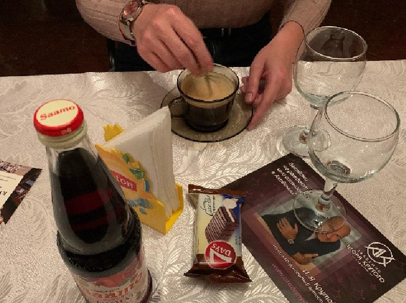 Что и за сколько можно съесть и выпить в буфете театра оперы и балета в Воронеже