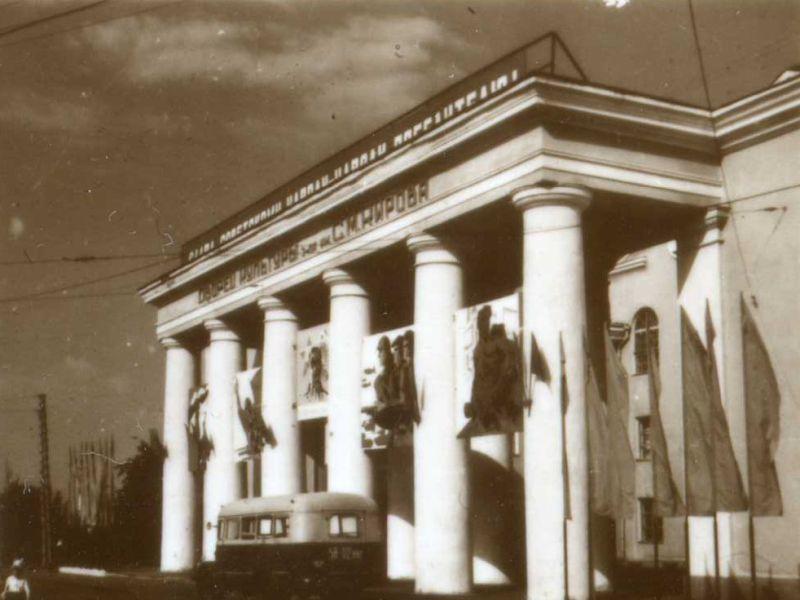 65 лет назад в Воронеже торжественно открыли ДК имени Кирова