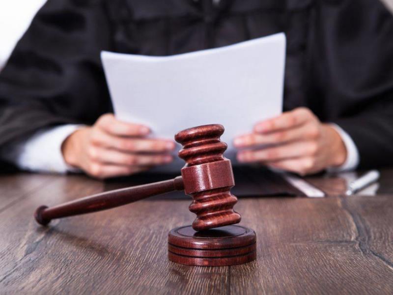 Юношу приговорили к семи годам колонии за изнасилование 50-летней женщины в Воронежской области