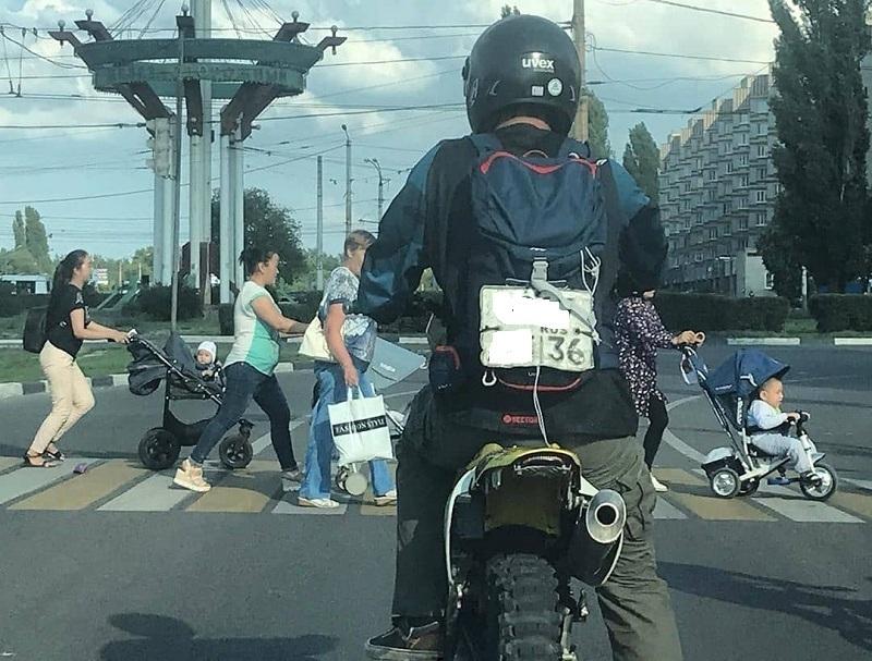 Порядочный воронежский мотоциклист предпочел не скрываться от штрафов