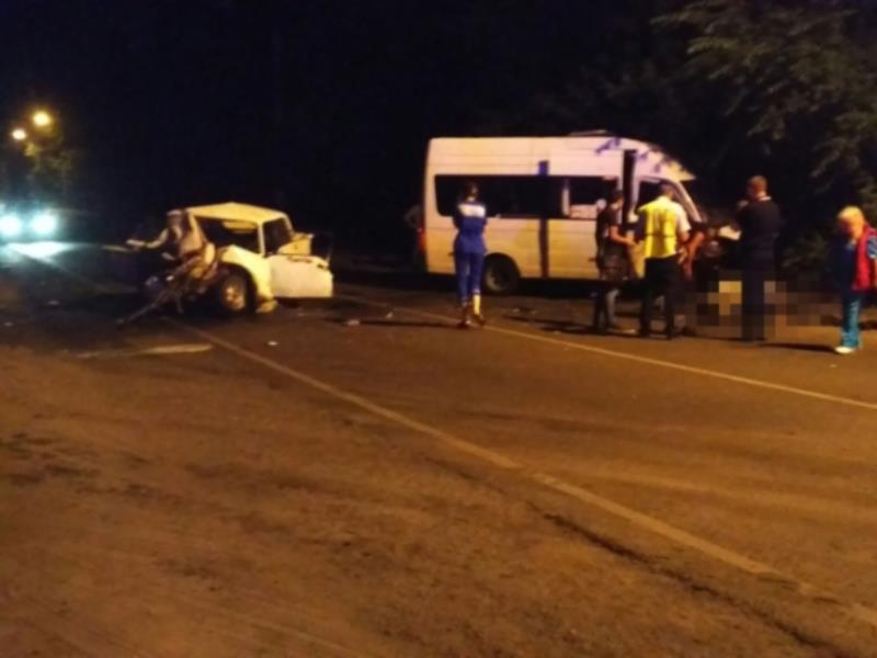 Два человека погибли в лобовом ДТП  в Воронеже