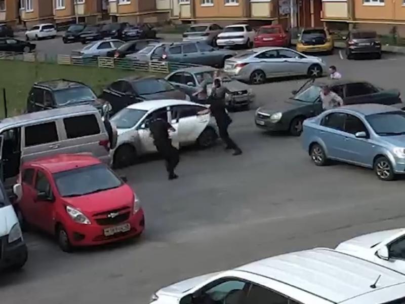 Опубликовано видео спецоперации против молодых наркобаронов в Воронеже