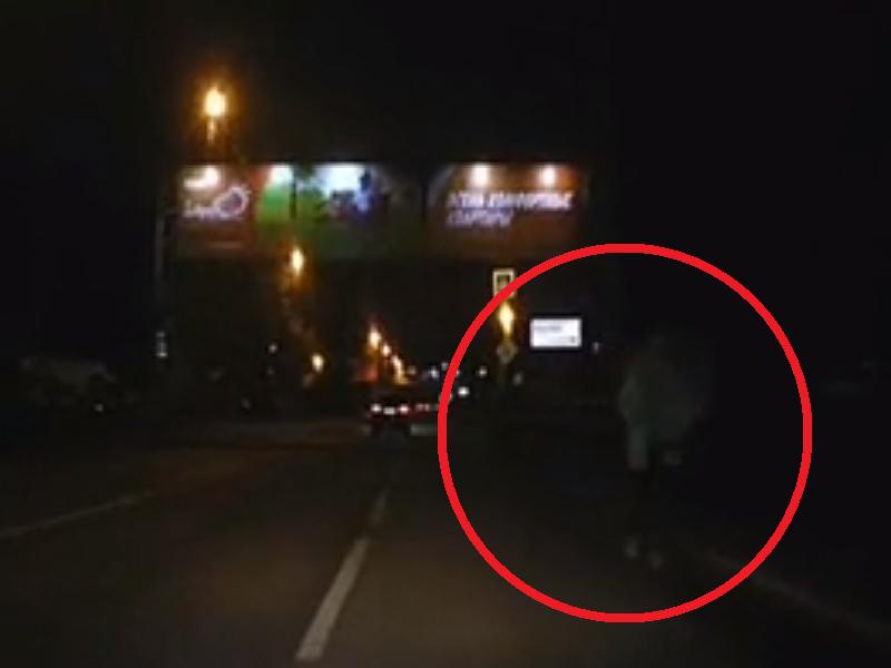 Пешеход-фантом испугал водителя и попал на видео в Воронеже