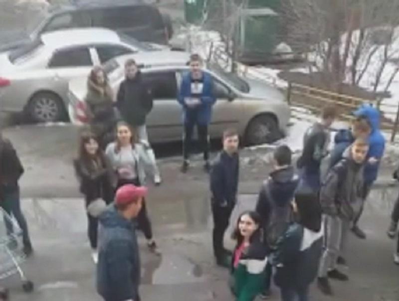 Охоту за головами подростков, истязавших дедушку, устроили в Воронеже