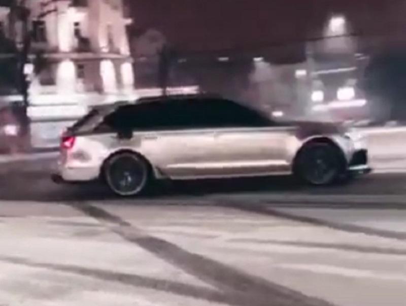 Мажор на 600-сильном Audi разорвал кольцо в Воронеже