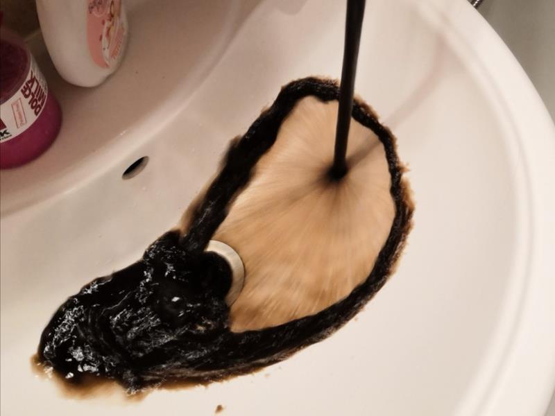 За нефть приняли воду из-под крана воронежцы