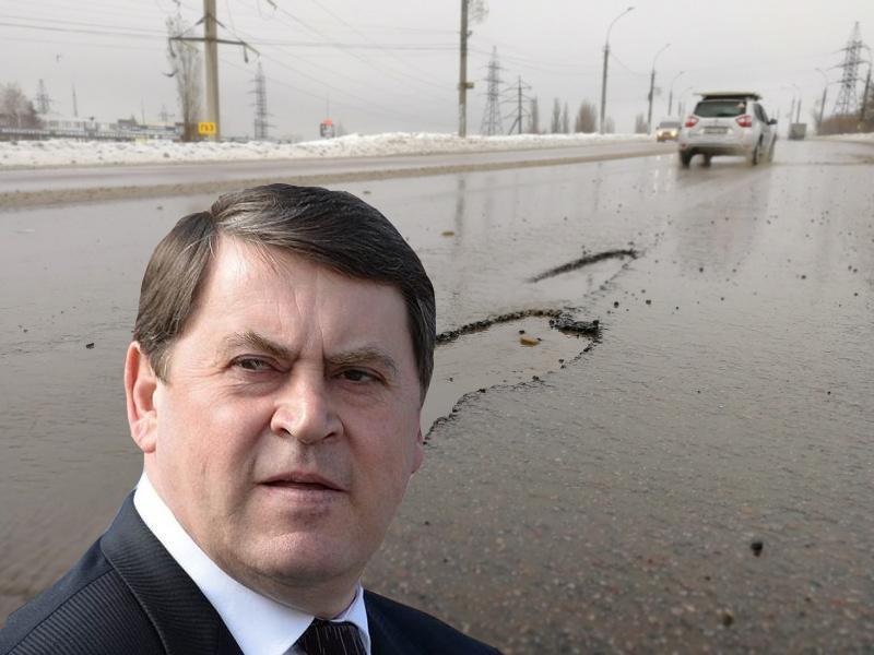 Бывшего вице-губернатора Макина заподозрили в осквернении липецких дорог