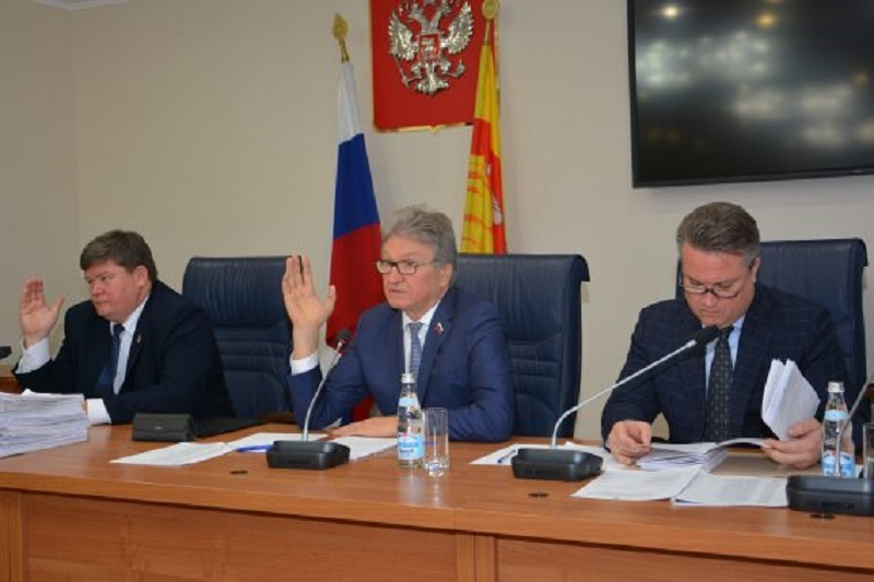 Кто из депутатов гордумы проголосовал за антинародное повышение тарифов