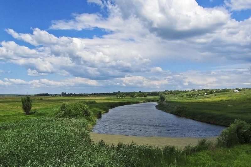 На пяти тысячах километров береговой полосы рек будет установлены границы зон с особыми условиями
