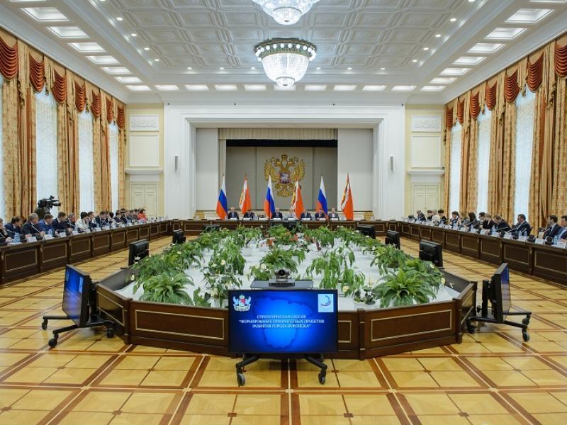 Губернатор Гусев хочет возвысить Воронеж над другими регионами