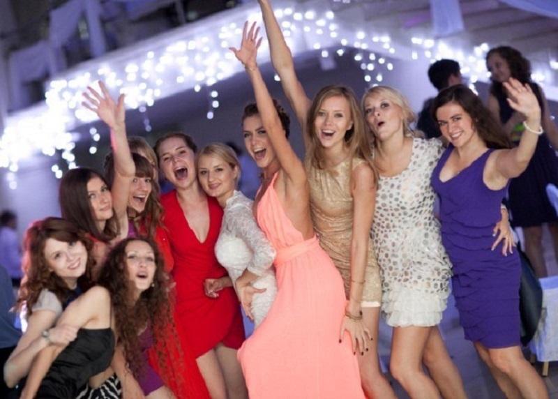 Каких звезд шоу-бизнеса хотят видеть на выпускном в Воронеже
