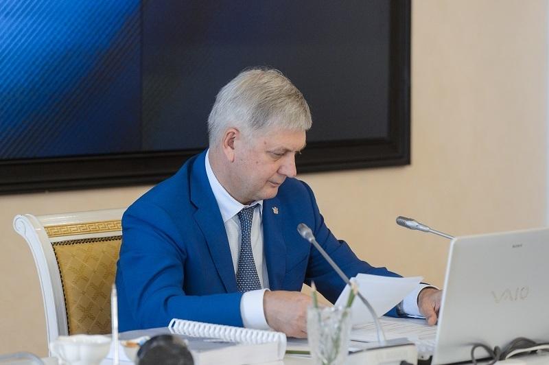 Губернатор Гусев отзывает расчёты кадастровой стоимости земли, сделанные Центром Букреева