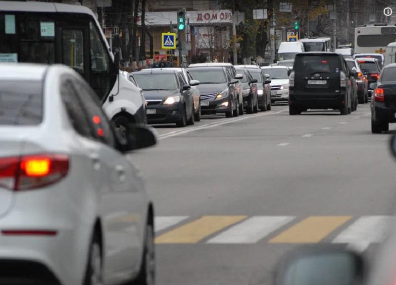 Умные светофоры испортили день автомобилистам в Воронеже
