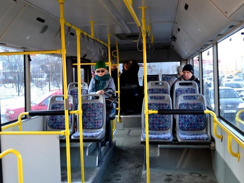 Воронежцы спасли мужчину, впавшего в кому в автобусе