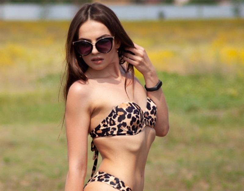 Леопардовым купальником похвасталась Кристина Болдина в «Мисс Блокнот Воронеж-2019»