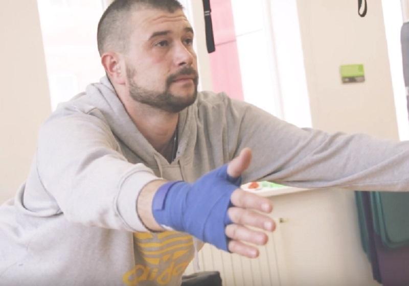 Сломанная рука не спасла от номинации участника «Сбросить лишнее»