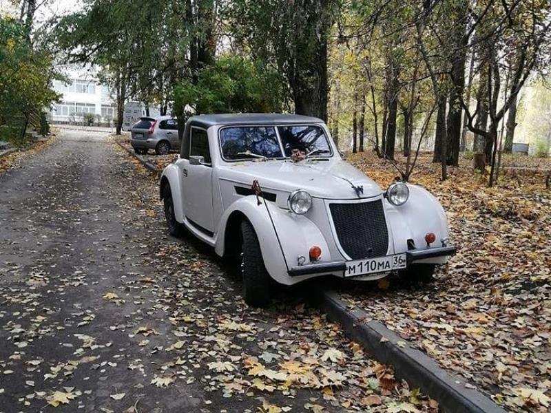 Старый Wanderer Штирлица заметили в неприглядной позе в Воронеже