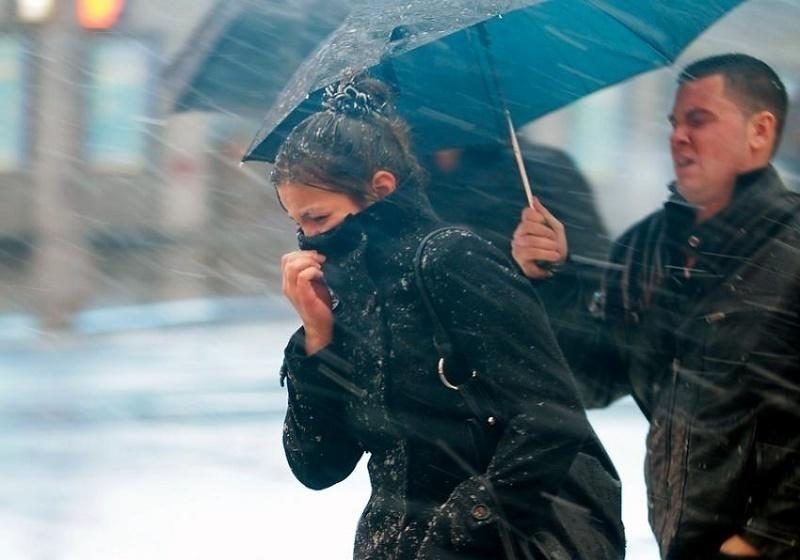 Cотрудники экстренных служб предупредили воронежцев осильном ветре имокром снеге