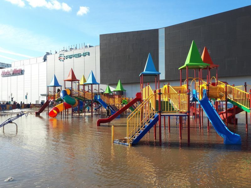 Воронежцы высмеяли «аквапарк» у «Арены», где якобы утонул человек