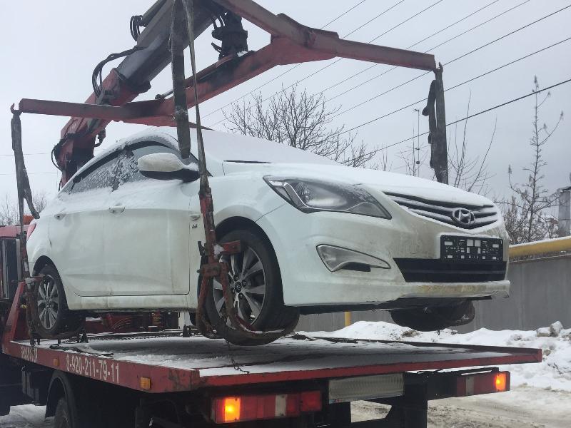 В Воронеже безответственного отца лишили двух машин