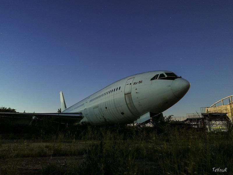 Грандиозное кладбище забытых самолетов нашел сталкер в Воронеже