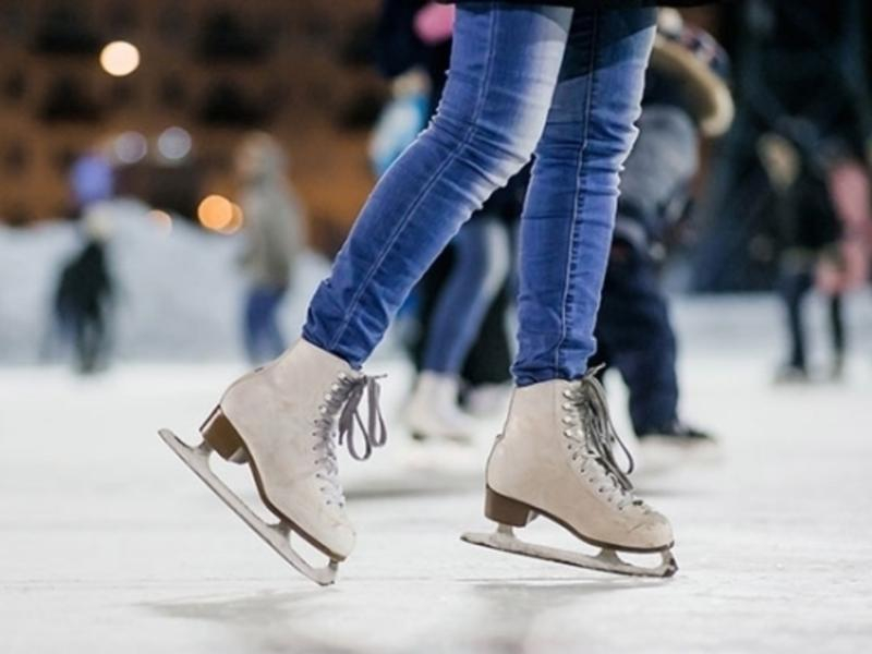 Где можно покататься на коньках в Воронеже