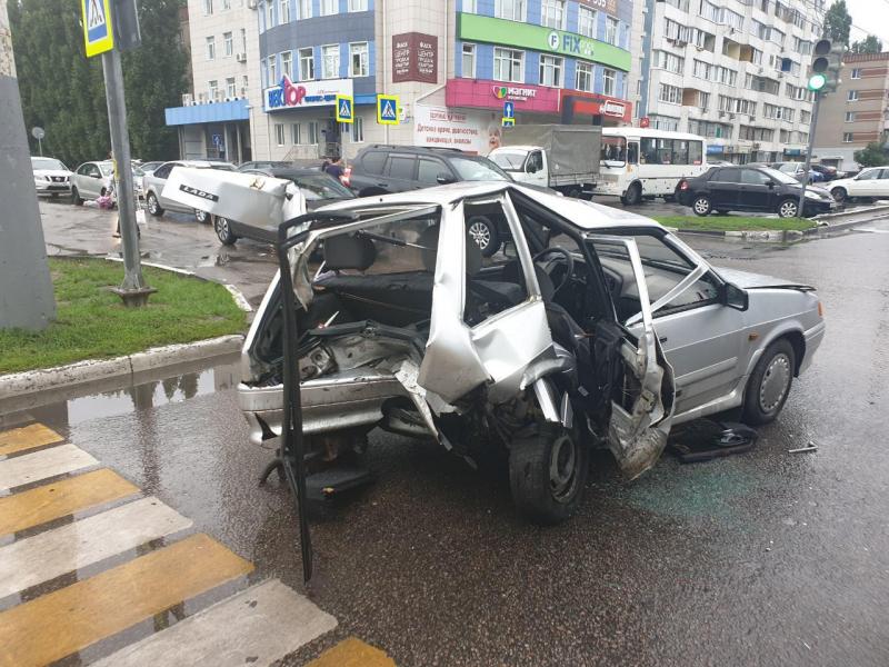 Устроивший смертельное ДТП на угнанной иномарке водитель задержан в Воронеже