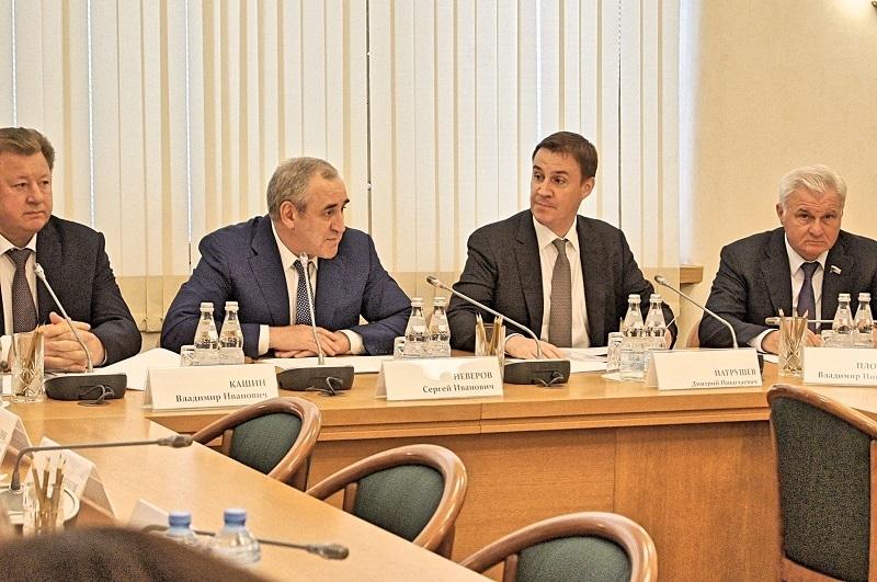 В Госдуме продолжили воронежский троллинг Медведева по развитию села