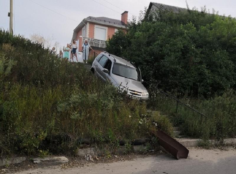 «Нива» проиграла лестнице во внедорожной битве в Воронеже