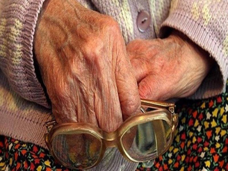81-летняя старушка из Воронежа хотела продать гараж, но лишилась 30 тыс
