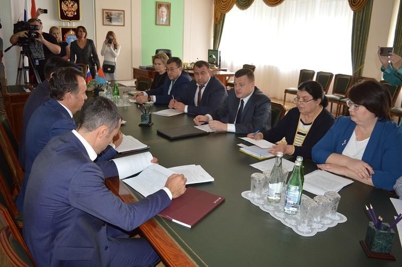 Председатель Центрально-Черноземного банка Сбербанка Владимир Салмин встретился с главой администрации Тамбовской области