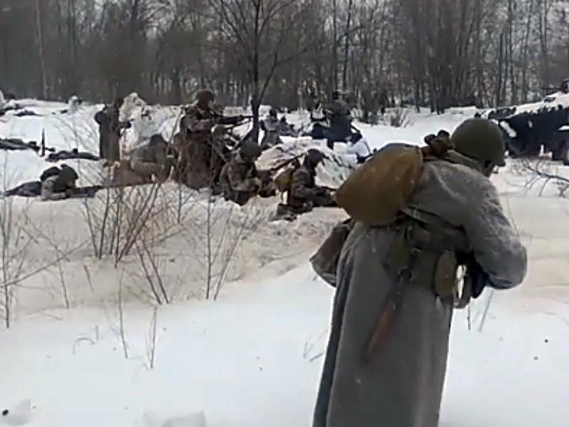 Реалистичное сражение развернулось на реконструкции битвы за Воронеж