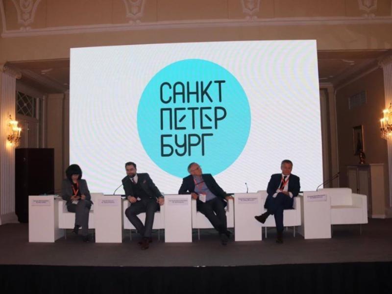 Воронежем поиздевались над питерским туристическим логотипом за 7 млн