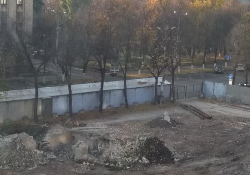 Воронежцы обвинили в отсутствии воды рабочих на бывшем доме «под тряпкой»
