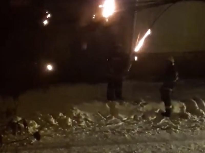 Спасатели рассказали, где и почему тушили пожар снежками в Воронеже