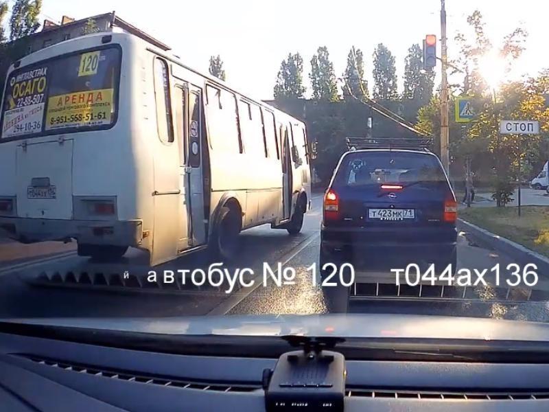 Маршрутчика-рецидивиста оштрафовали в Воронеже после видео в интернете