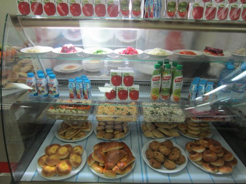 Воронежские бизнесмены снабжали детские буфеты опасными продуктами