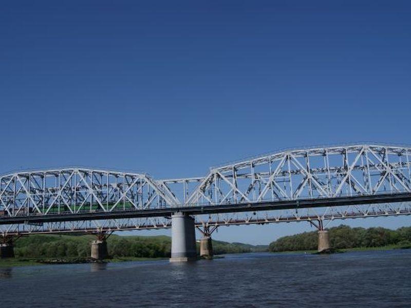 Почти миллиард рублей вложат в ремонт железнодорожного моста под Воронежем