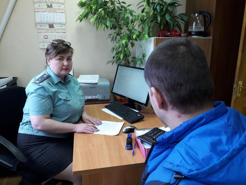 Мужчина лишился Infiniti в центре Воронежа из-за долга в 900 тыс