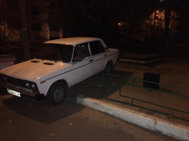 Мастер-класс по неуклюжей парковке продемонстрировал ВАЗ в Воронеже